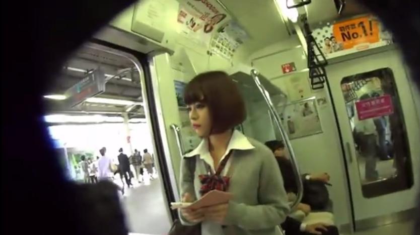 JK電車盗撮画像3