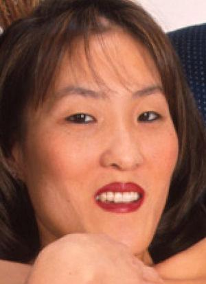 男性芸人に激似のAV女優画像4