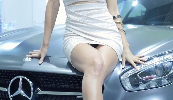 韓国のモーターショーを4Kで!美女のパンチラが見放題のサムネ