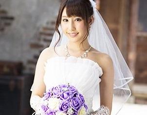 【悲報】あやみ旬果結婚!新婚生活は裸エプロンとか、エッチな下着とかで幸せすぎるらしいぞ!