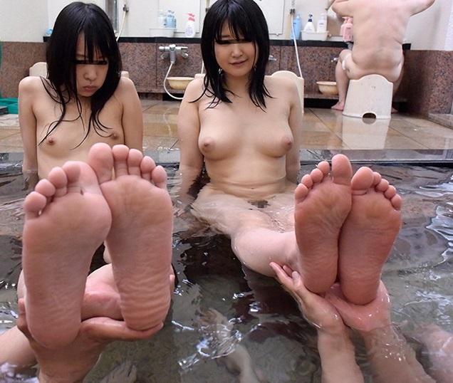 ロリ温泉画像24