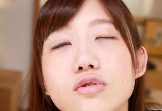 星奈あいのパイパンマンコに大量中出し。甘いキスの連発でVRということを忘れてしまう圧倒的没入感。