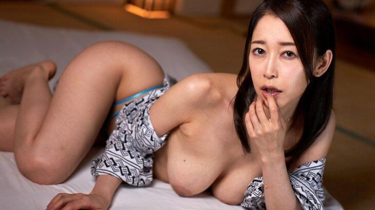 篠田ゆうのVRエロ動画7選!業界No.1のデカ美尻お姉さん